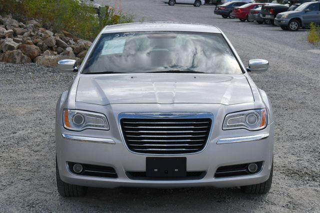 2012 Chrysler 300 Limited Naugatuck, Connecticut 9