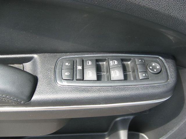 2012 Chrysler 300C Luxury Richmond, Virginia 14