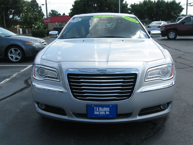 2012 Chrysler 300C Luxury Richmond, Virginia 2