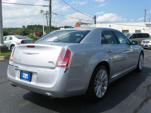 2012 Chrysler 300C Luxury Richmond, Virginia 5