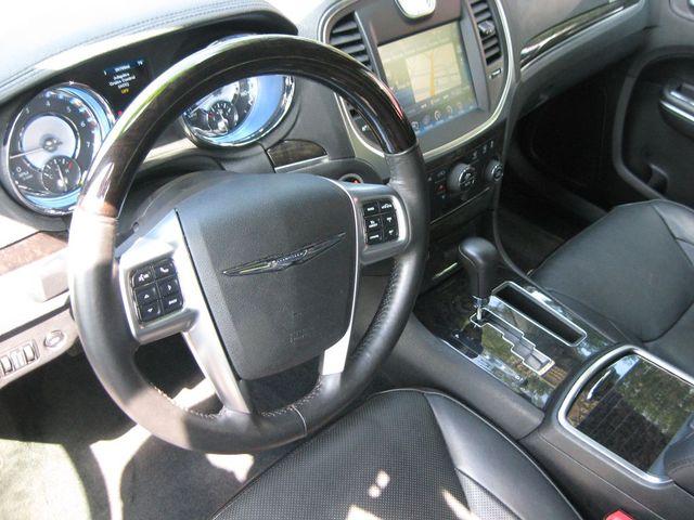 2012 Chrysler 300C Luxury Richmond, Virginia 8