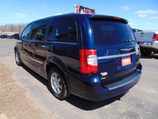 2012 Chrysler Town & Country Touring Alexandria, Minnesota 3