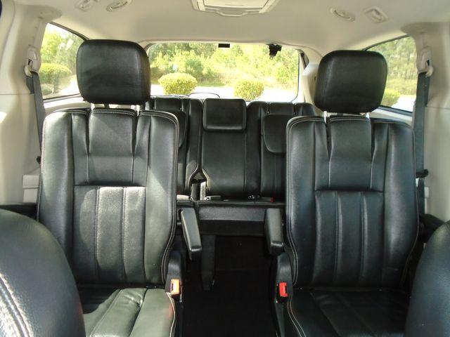 2012 Chrysler Town & Country Touring in Alpharetta, GA 30004