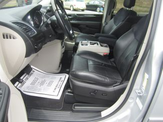 2012 Chrysler Town & Country Limited Batesville, Mississippi 18
