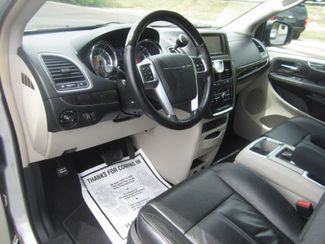 2012 Chrysler Town & Country Limited Batesville, Mississippi 20