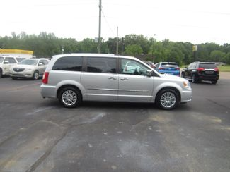 2012 Chrysler Town & Country Limited Batesville, Mississippi 1