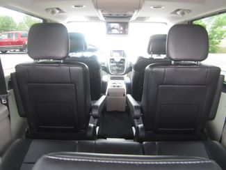 2012 Chrysler Town & Country Limited Batesville, Mississippi 39