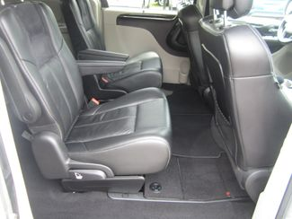 2012 Chrysler Town & Country Limited Batesville, Mississippi 40