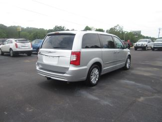 2012 Chrysler Town & Country Limited Batesville, Mississippi 7