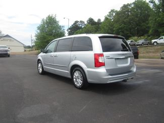 2012 Chrysler Town & Country Limited Batesville, Mississippi 6