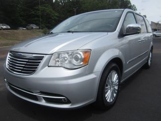 2012 Chrysler Town & Country Limited Batesville, Mississippi 9