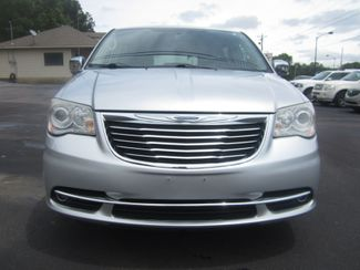 2012 Chrysler Town & Country Limited Batesville, Mississippi 10