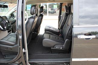 2012 Chrysler Town & Country Touring LWB DVD PLAYER Conway, Arkansas 17
