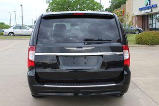 2012 Chrysler Town & Country Touring LWB DVD PLAYER Conway, Arkansas 2