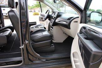 2012 Chrysler Town & Country Touring LWB DVD PLAYER Conway, Arkansas 26