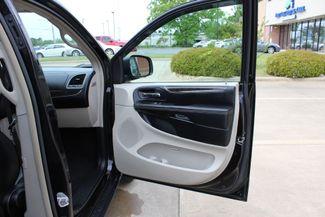 2012 Chrysler Town & Country Touring LWB DVD PLAYER Conway, Arkansas 27