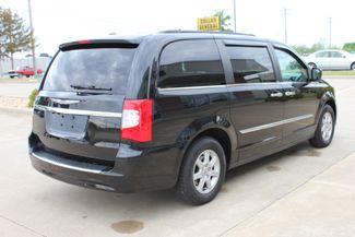 2012 Chrysler Town & Country Touring LWB DVD PLAYER Conway, Arkansas 3