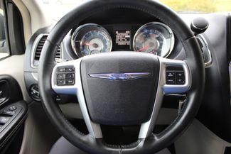 2012 Chrysler Town & Country Touring LWB DVD PLAYER Conway, Arkansas 9