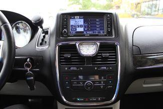 2012 Chrysler Town & Country Touring LWB DVD PLAYER Conway, Arkansas 11