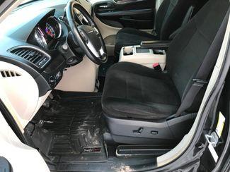 2012 Chrysler Town & Country Touring Farmington, MN 4