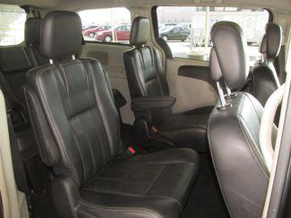 2012 Chrysler Town & Country Touring Gardena, California 11