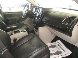 2012 Chrysler Town & Country Touring Gardena, California 7