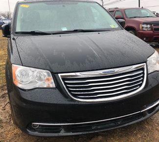2012 Chrysler Town & Country Touring in Harrisonburg, VA 22801