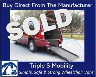 2012 Chrysler Town & Country Limited Wheelchair Van Pinellas Park, Florida