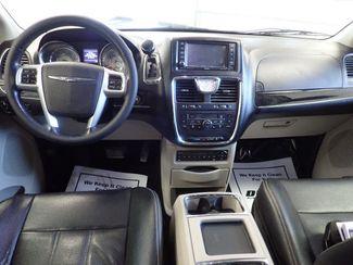2012 Chrysler Town & Country Touring-L Lincoln, Nebraska 5