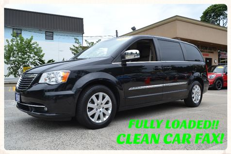 2012 Chrysler Town & Country Touring-L in Lynbrook, New