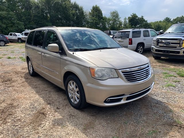 2012 Chrysler Town & Country Touring Madison, NC 3