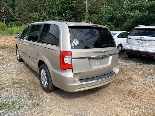 2012 Chrysler Town & Country Touring Madison, NC 7