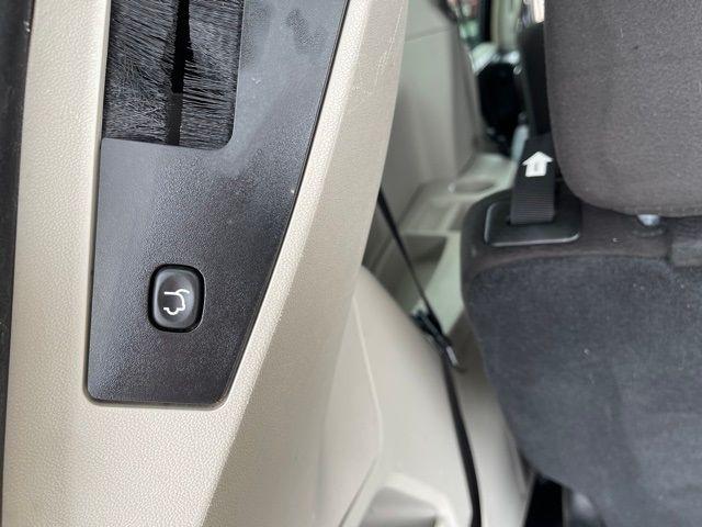 2012 Chrysler Town & Country Touring in Medina, OHIO 44256