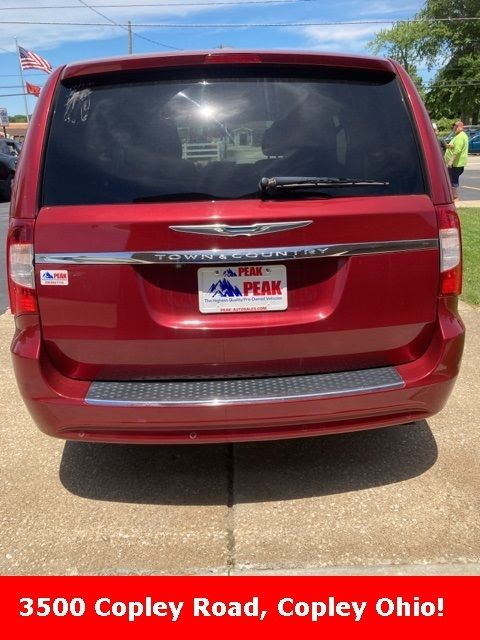 2012 Chrysler Town & Country Touring-L in Medina, OHIO 44256