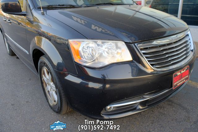 2012 Chrysler Town & Country Touring in Memphis, Tennessee 38115