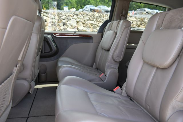 2012 Chrysler Town & Country Limited Naugatuck, Connecticut 5