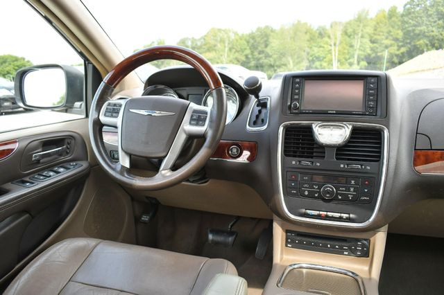 2012 Chrysler Town & Country Limited Naugatuck, Connecticut 6