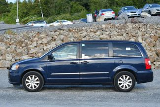 2012 Chrysler Town & Country Touring Naugatuck, Connecticut 1