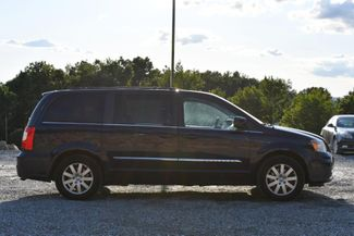 2012 Chrysler Town & Country Touring Naugatuck, Connecticut 5