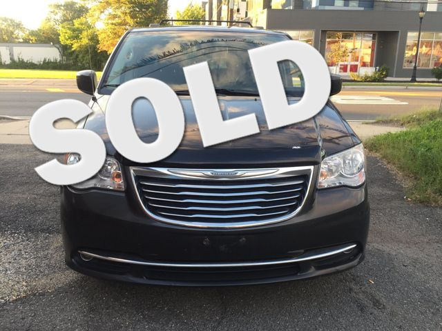 2012 Chrysler Town & Country Touring Navigation/DVD New Brunswick, New Jersey