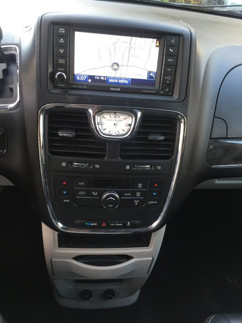 2012 Chrysler Town & Country Touring Navigation/DVD New Brunswick, New Jersey 15