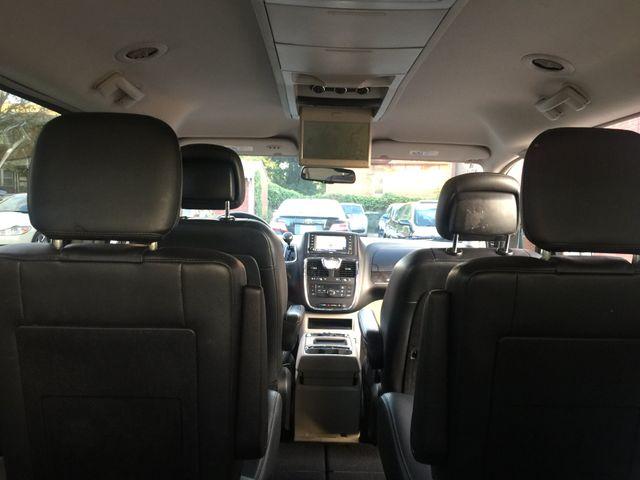 2012 Chrysler Town & Country Touring Navigation/DVD New Brunswick, New Jersey 31