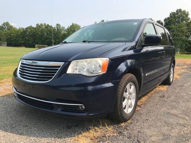 2012 Chrysler Town & Country Touring Ravenna, Ohio