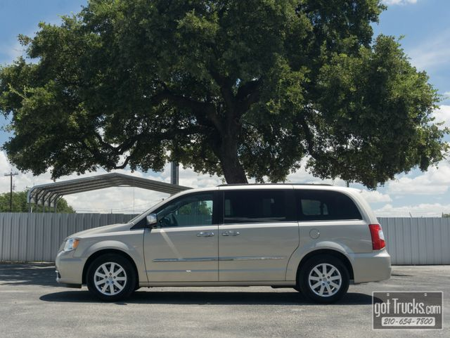 2012 Chrysler Town & Country Touring-L 3.6L V6