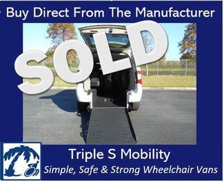 2012 Chrysler Town & Country Touring Wheelchair Van Handicap Ramp Van in Pinellas Park, Florida 33781