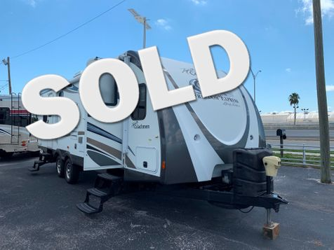 2012 Coachmen Freedom Express Liberty Edition 270FLDS  in Clearwater, Florida