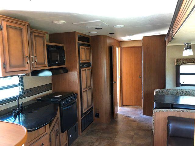 2012 Crossroads Cruiser CTX 31QBX in Mandan, North Dakota 58554