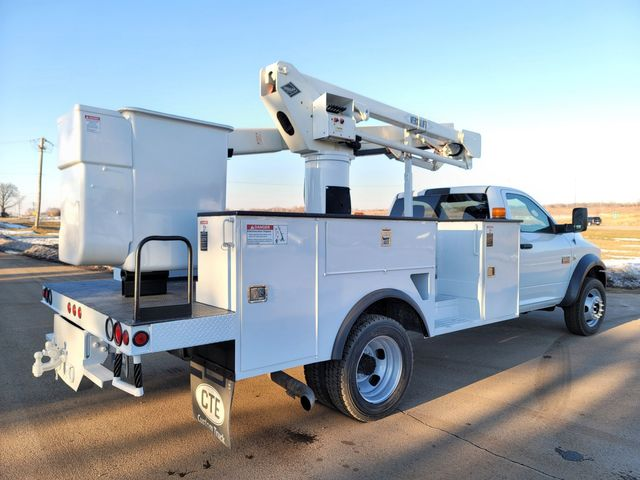 2012 Dodge 5500 VERSALIFT 45FT WORKING HEIGHT Lake In The Hills, IL 4
