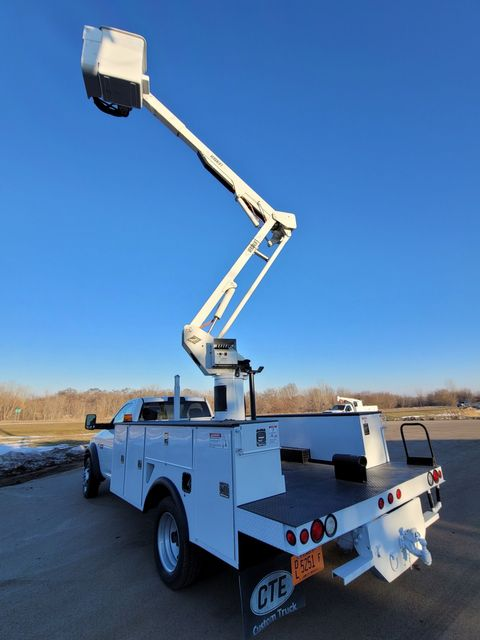 2012 Dodge 5500 VERSALIFT 45FT WORKING HEIGHT Lake In The Hills, IL 22