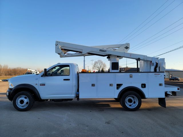 2012 Dodge 5500 VERSALIFT 45FT WORKING HEIGHT Lake In The Hills, IL 1